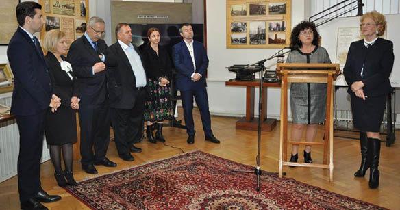 1 Reprezentanţii Fundaţiei și Muzeului Petrolului...