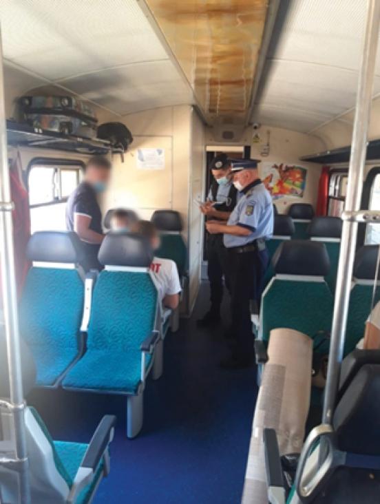 politie control covid tren